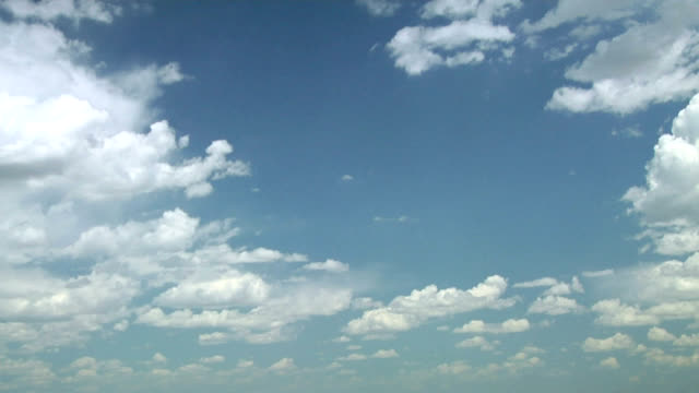 growing cumulus clouds, timelapse - midday stock videos & royalty-free footage