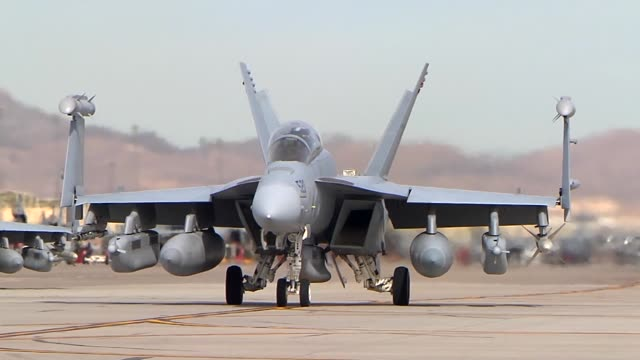 growler's during red flag operations at nellis airforce base nevada - ボーイング点の映像素材/bロール