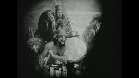 vidéos et rushes de gruesome babylonian death continues as battling becomes more intense - antiquités