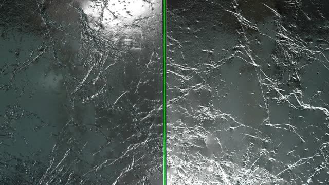 vidéos et rushes de transition de portes 4k grunge sur fond clé chroma à changer image dans vos clips (pour le masquage et luma key) - metal texture