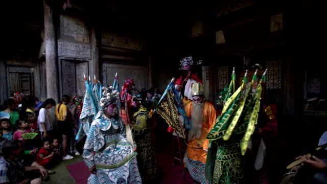 vidéos et rushes de guangchang meng opera, a traditional local drama popular in guangchang county, jiangxi province, is one of the national intangible cultural heritage. - héritage