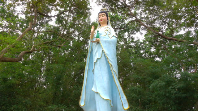 Guanyin Statues attractions Buddhist public.