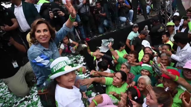 stockvideo's en b-roll-footage met guatemala's former first lady and presidential candidate sandra torres says she will reject samesex marriage and abortion if she wins the elections... - presidentskandidaat