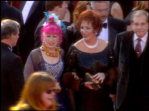 guest at the 2001 academy awards at the shrine auditorium in los angeles, california on march 25, 2001. - 第73回アカデミー賞点の映像素材/bロール