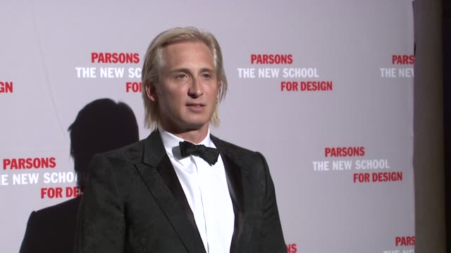 Guest at the 2009 Parsons Fashion Benefit Honoring Calvin Klein at New York NY