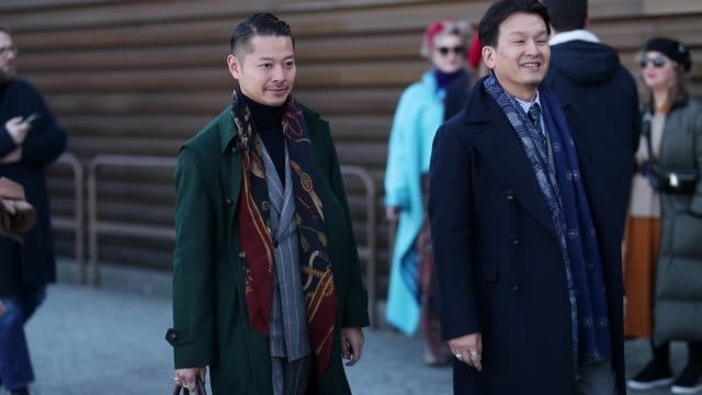 guest is seen wearing leather shoes, leather bag, green wool coat, suit, scarf during the 95th pitti uomo at fortezza da basso on january 10, 2019 in... - läder bildbanksvideor och videomaterial från bakom kulisserna