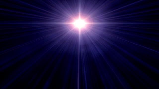 a guiding star beams down. - 北極星点の映像素材/bロール