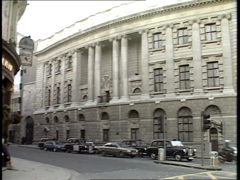 inquiry; r10300 8.12.88 itn f'back ext gvs old bailey itnlib mix/fx archive cas one & two 35207 18.59 to 20.04 - guildford stock videos & royalty-free footage