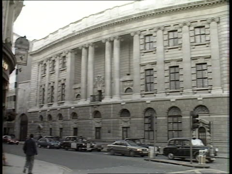 inquiry; r10300 8.12.88 itn f'back old bailey. itn/lib mix/fx archive cas one & two 35207 59.38 to 61.26 - guildford stock videos & royalty-free footage