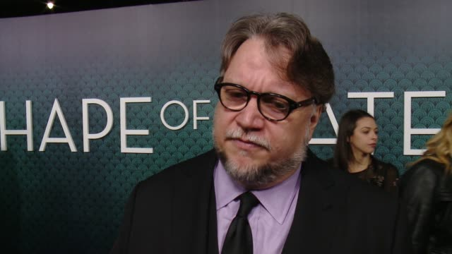 interview guillermo del toro on what inspired this story writing these characters for his cast and what the audience can expect from the film at the... - premiere stock-videos und b-roll-filmmaterial