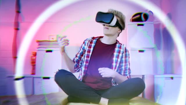 vídeos y material grabado en eventos de stock de lección de guitarra con realidad virtual - realidad aumentada
