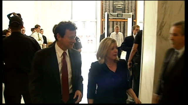 bp ceo criticised at congressional committee usa washington dc united states capitol int tony hayward arriving for congress meeting passing through... - united states congress点の映像素材/bロール