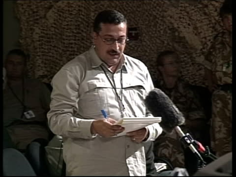 channel 4 news; pool qatar: as sayliyah camp int lms air marshal brian burridge speaking at british military briefing omar moussawi speaking sot -... - camp as sayliyah bildbanksvideor och videomaterial från bakom kulisserna