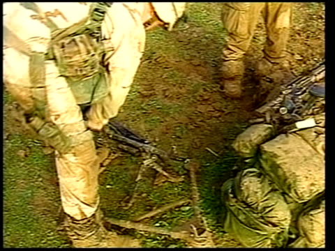 day 8 news at ten itn for itv paratroopers digging in around airfield itn usa maryland camp david us president george w bush press conference sot... - itv news at ten stock-videos und b-roll-filmmaterial