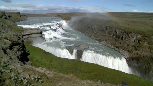 mit Regenbogen Wasserfall de Gullfoss