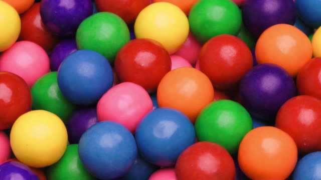 gumballs - gomma da masticare video stock e b–roll