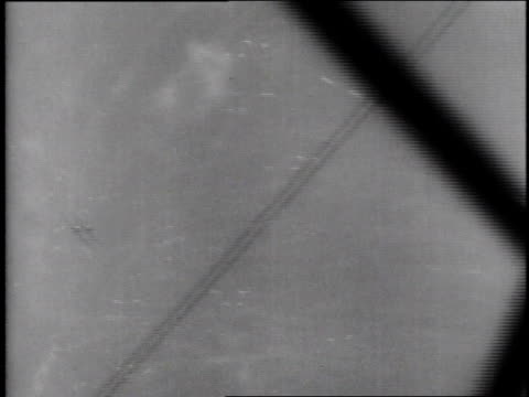 gunner shooting down a plane / fighter planes flying in formation - torpedo stock videos & royalty-free footage