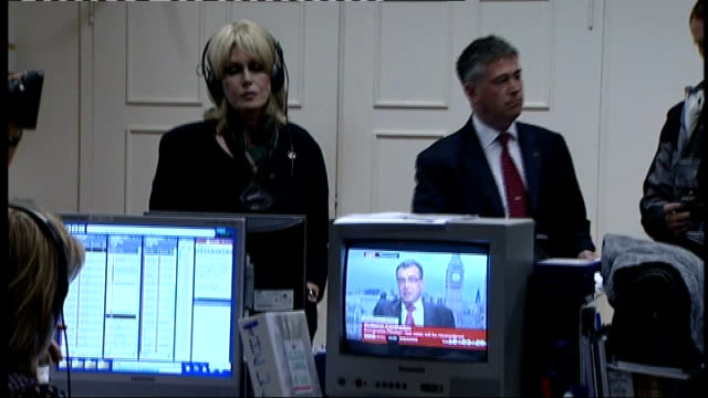 joanna lumley confronts phil woolas england london westminster ext joanna lumley towards next phil woolas mp lumley next woolas group of people at... - cartwheel stock videos & royalty-free footage