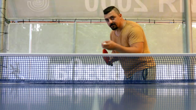guy losing a game of table tennis - table tennis bat stock videos & royalty-free footage