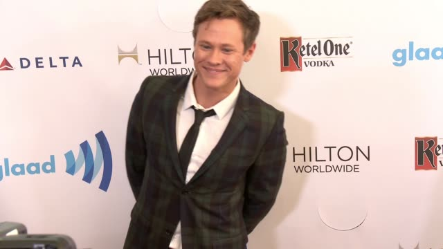 stockvideo's en b-roll-footage met guy wilson at the 25th annual glaad media awards at the beverly hilton hotel on april 12 2014 in beverly hills california - beverly hilton hotel