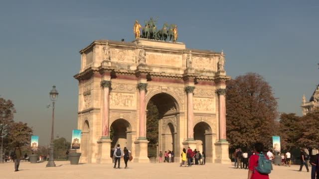 gvs arc de triomphe and cleopatra's needle in paris - cleopatra stock videos & royalty-free footage