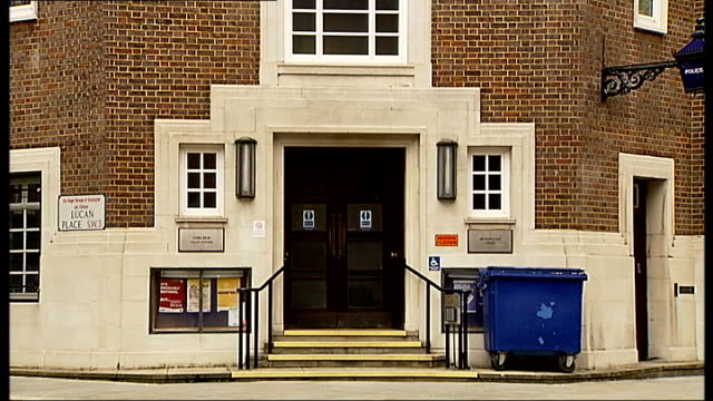 gvs chelsea police station and loic remy's apartment block in fulham england london chelsea ext gvs exterior of chelsea police station including blue... - チェルシーfc点の映像素材/bロール