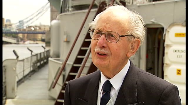 gvs hms belfast / d-day veterans and interviews; ext john hart interview sot - it brings back a lot of reflections - the belfast was covering the... - amphibious vehicle stock videos & royalty-free footage