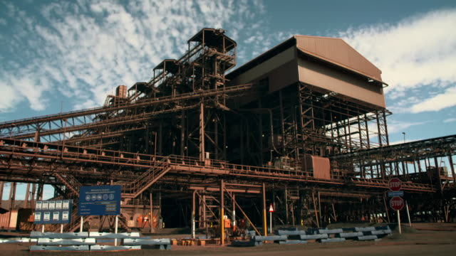 gvs large iron ore mine in south africa - machinery stock videos & royalty-free footage