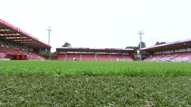 vídeos y material grabado en eventos de stock de gvs of bournemouth fc stadium bournemouth beach and pier cleaners cleaning seats / various workers about in stadium / gvs seating / more of cleaners... - bournemouth