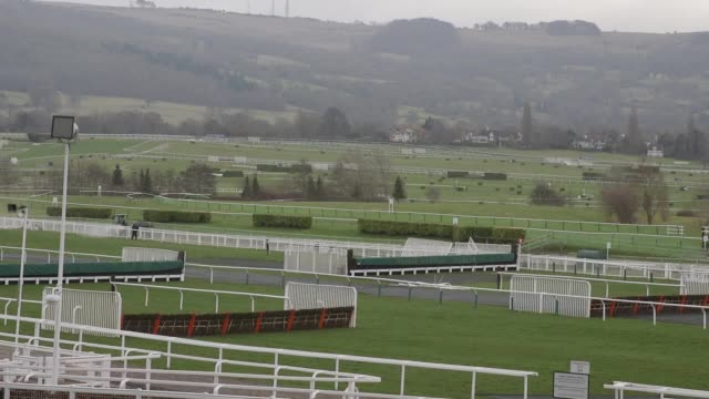gvs of cheltenham racecourse ahead of the 2017 cheltenham festival the annual event which culminates in the prestigious cheltenham gold cup takes... - cheltenham racecourse stock videos and b-roll footage