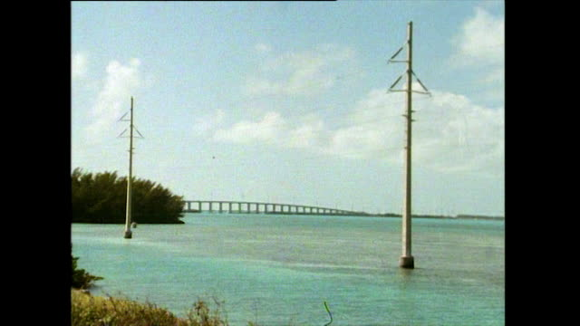 gvs of florida keys roads and seven mile bridge; 1991 - tourist resort stock videos & royalty-free footage