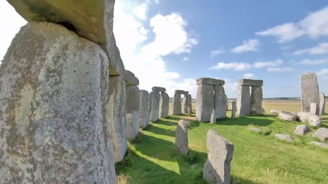 gvs of stonehenge, where scientists have now discovered the origins of the vertical stones or sarsen stones, west wood in wiltshire - reportage stock videos & royalty-free footage