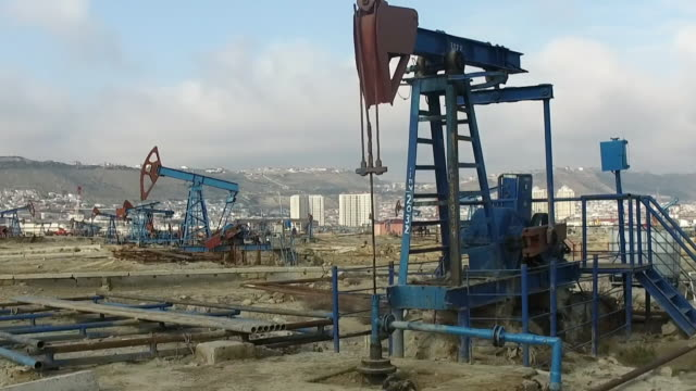 gvs oil field, baku - oil industry stock videos & royalty-free footage