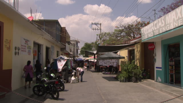 gvs open-air market in oaxaca state, mexico - mexico stock videos & royalty-free footage