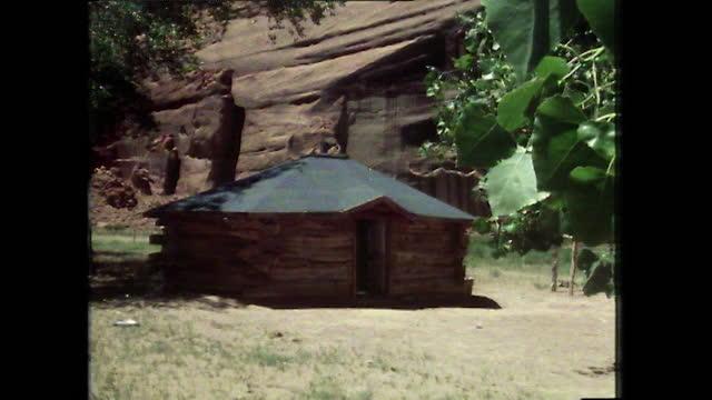 gvs traditional navajo house in canyon de chelly, arizona; 1979 - canyon de chelly stock videos & royalty-free footage