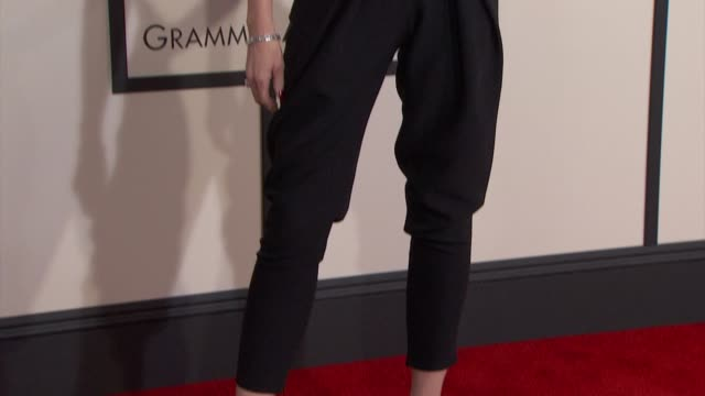 gwen stefani at the 57th annual grammy awards - red carpet at staples center on february 08, 2015 in los angeles, california. - gwen stefani stock videos & royalty-free footage