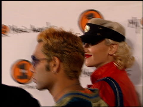gwen stefani at the my vh-1 music awards entrances at the shrine auditorium in los angeles, california on november 30, 2000. - gwen stefani stock videos & royalty-free footage