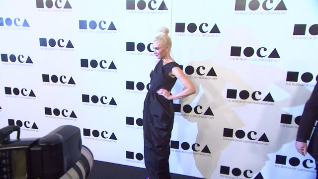 gwen stefani at the the museum of contemporary art los angeles presents the annual moca gala at los angeles ca - los angeles museum of contemporary art stock videos and b-roll footage