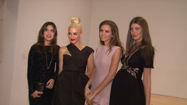gwen stefani dasha zhukova at the the museum of contemporary art los angeles presents the annual moca gala at los angeles ca - los angeles museum of contemporary art stock videos and b-roll footage