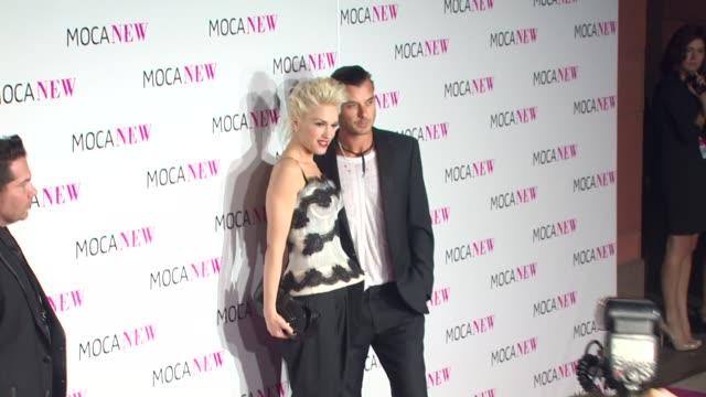 gwen stefani & gavin rossdale at the moca new 30th anniversary gala at los angeles ca. - gwen stefani stock videos & royalty-free footage