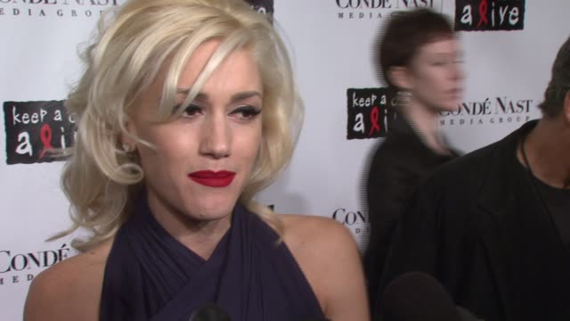 gwen stefani on what brings her out tonight and why she uses her celebrity to support causes like these at the conde nast media group presents the... - gwen stefani stock videos & royalty-free footage