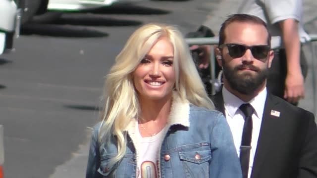 Gwen Stefani waves to fans as she arrives at Jimmy Kimmel Live at El Capitan Theater in Hollywood in Celebrity Sightings in Los Angeles