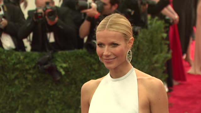 gwyneth paltrow at schiaparelli and prada impossible conversations costume institute gala at metropolitan museum of art on may 07 2012 in new york... - gwyneth paltrow stock videos and b-roll footage