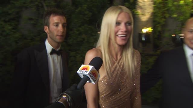 gwyneth paltrow at the 2011 vanity fair oscar party arrivals at hollywood ca - vanity fair oscar party stock videos & royalty-free footage
