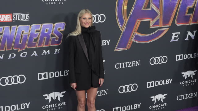 """gwyneth paltrow at the world premiere of marvel studios' """"avengers: endgame"""" at los angeles convention center on april 22, 2019 in los angeles,... - グウィネス・パルトロー点の映像素材/bロール"""