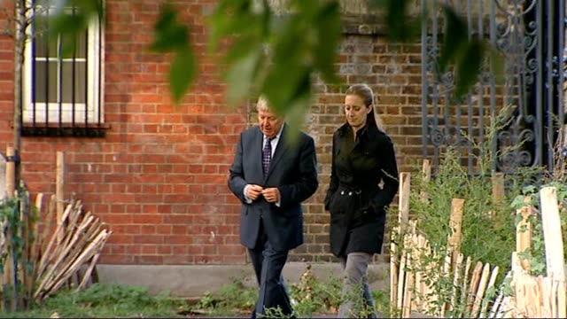 gwyneth paltrow 'stand up to cancer' campaign england london ext michelle woodburn interview sot woodburn along with itn reporter michell woodburn... - gwyneth paltrow stock videos and b-roll footage
