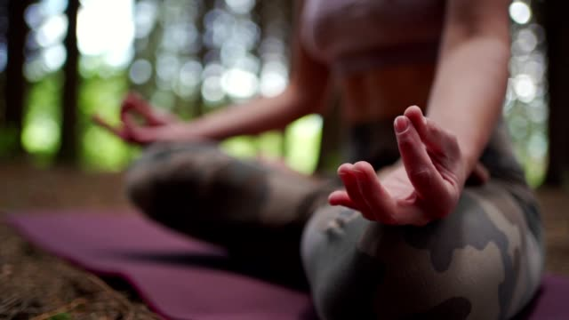 gyan mudra finger position - mudra stock videos & royalty-free footage