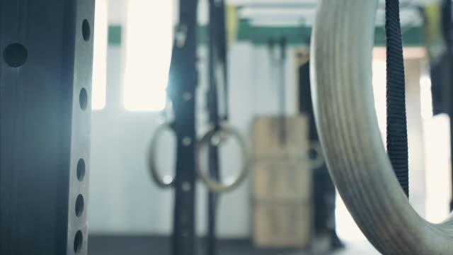 vídeos y material grabado en eventos de stock de anillos de gimnasia. - gym