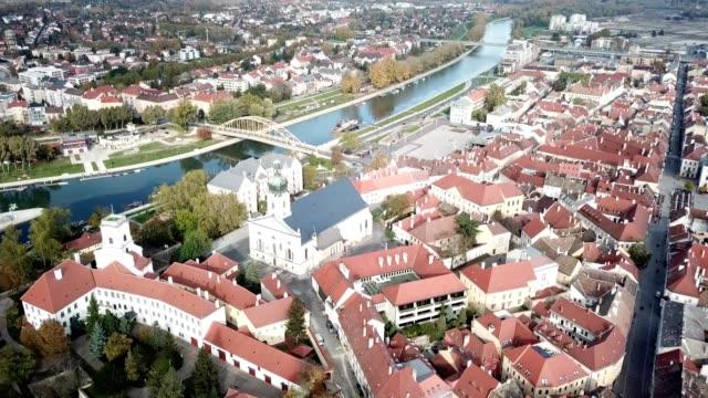 győr downtown with danube river - ハンガリー点の映像素材/bロール