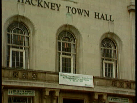 government intervention lib england north london hackney gvs hackney town hall order ref bsp190399011 - hackney stock videos & royalty-free footage